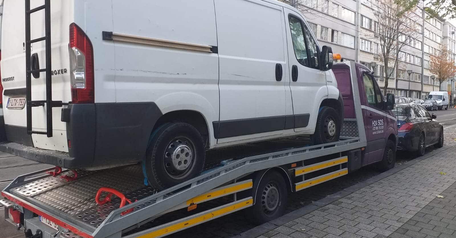 Remorquage et dépannage Camionnette - 0485 964 008 - AutoDepannage